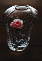 a microcosm, single-flower vase with oval-shaped mouth 小宇宙、だ円な口の一輪挿し